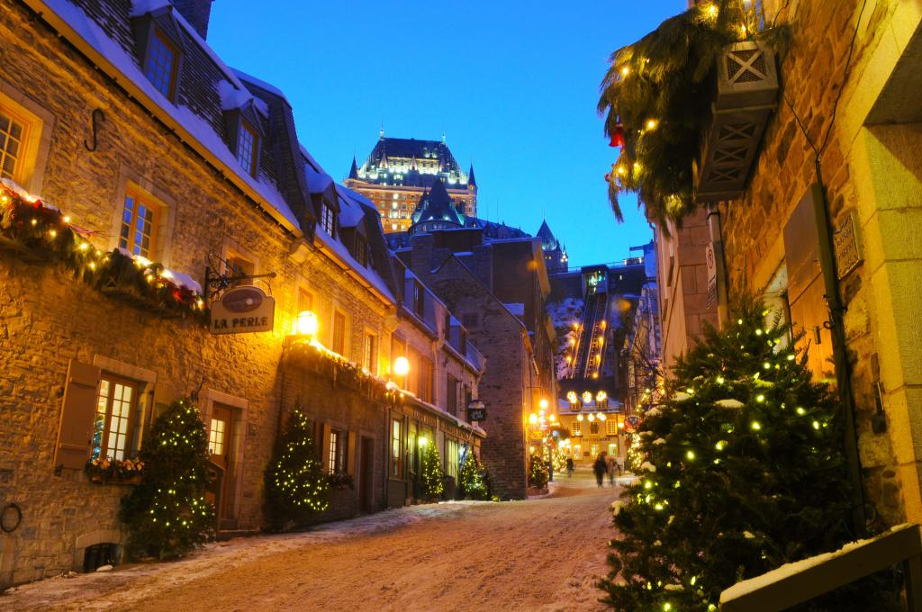 Quartier Petit Champlain at Christmas