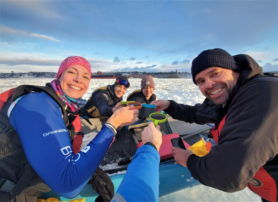 Ice Canoeing Experience - Attentive guides!
