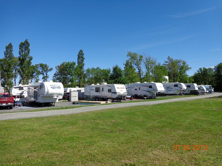Camping Turmel - large sites for large equipment