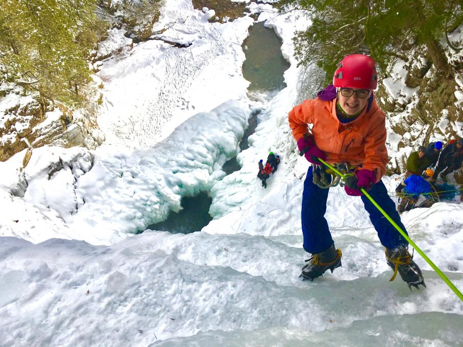 Canyoning-Québec - Teen ice canyoning