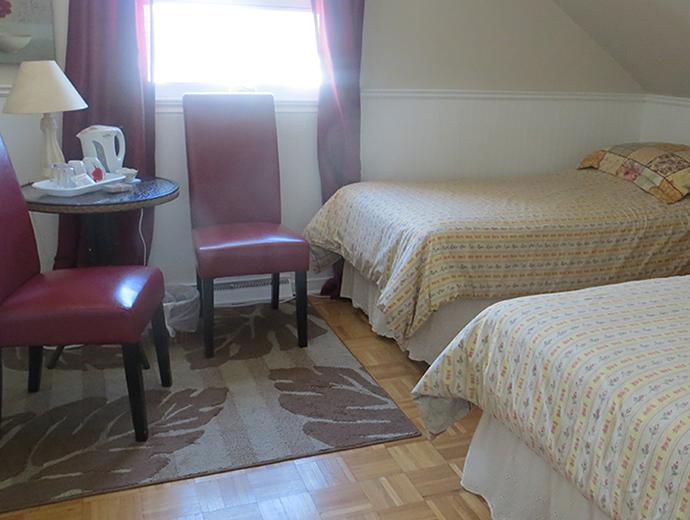 Accommodation - Bed and breakfast - À La Brunante - Room with two bed