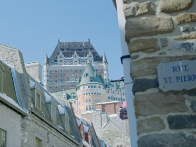 St. Pierre Street with a view on the Château Frontenac