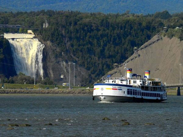 Day trip to Montmorency Waterfalls