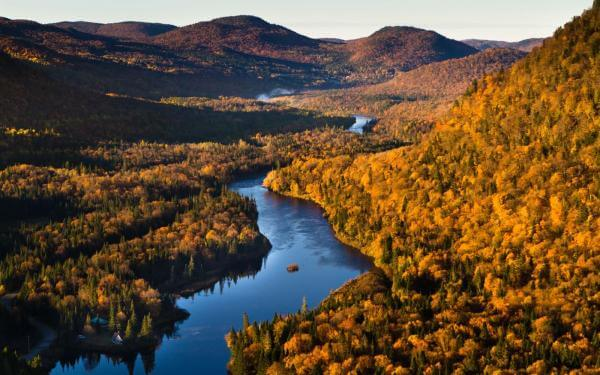 Parc national jacques cartier fall
