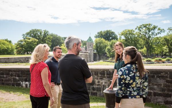 People take part in a guided tour of the Fortifications of Québec National Historic Site.