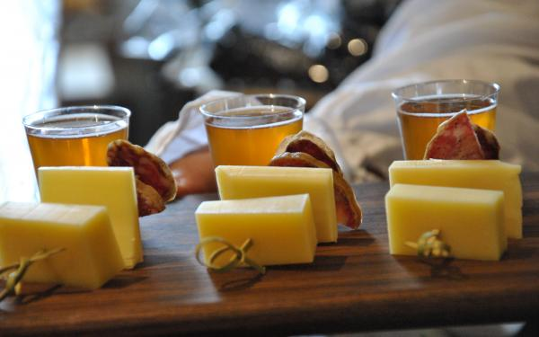 Cicerone Tours - cheese and cold meats tasting