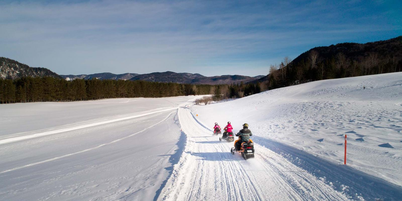 snowmobiling in Québec