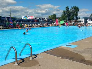 Camping Turmel - swimming pool