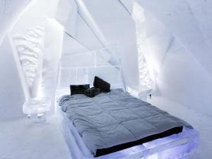 Room and ice bed at the Hôtel de Glace, in Saint-Gabriel-de-Valcartier, near Québec.