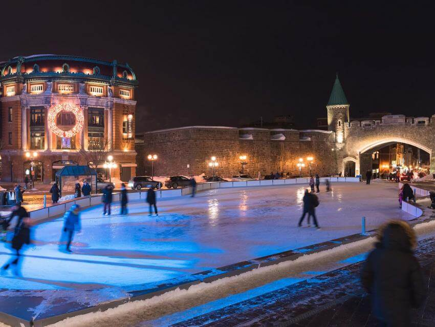 Patinage à la place D'Youville