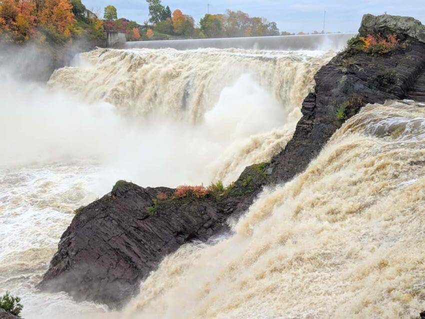 Chaudiere Waterfall