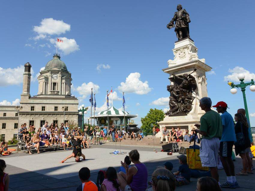 Monument to Samuel de Champlain on Dufferin Terrace