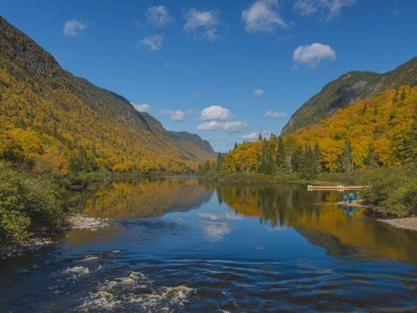 Hiking in Parc national de la Jacques-Cartier